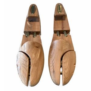 Cedar Shoe Tree Form MEPHISTO
